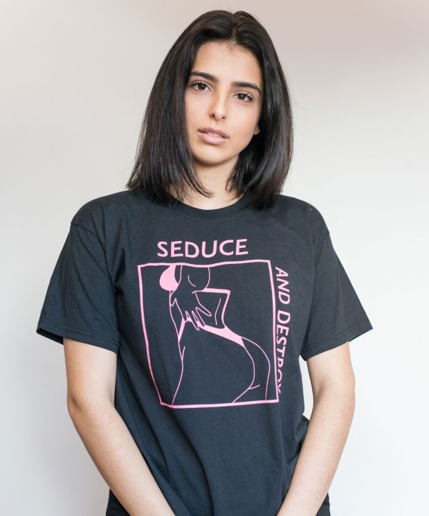 GRAPHIC SS T-SHIRT - PINK PRINT