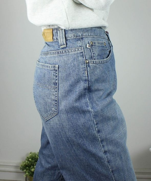 Vintage Tommy Hilfiger Jeans with Tag Logo Front