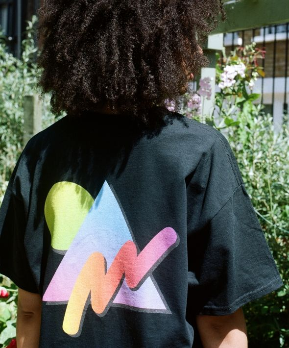 DBDNS Black Short Sleeved T-shirt With Colourful 90s Print