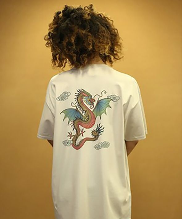 DBDNS Chinese Dragon Design On Sand Short Sleeved T-shirt