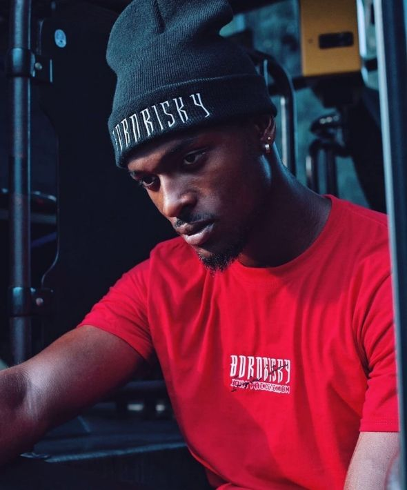 BORN RISKY RED  EMBROIDERED INSPIRE T-SHIRT