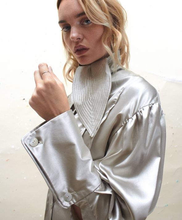 Refined Shirt in Champagne