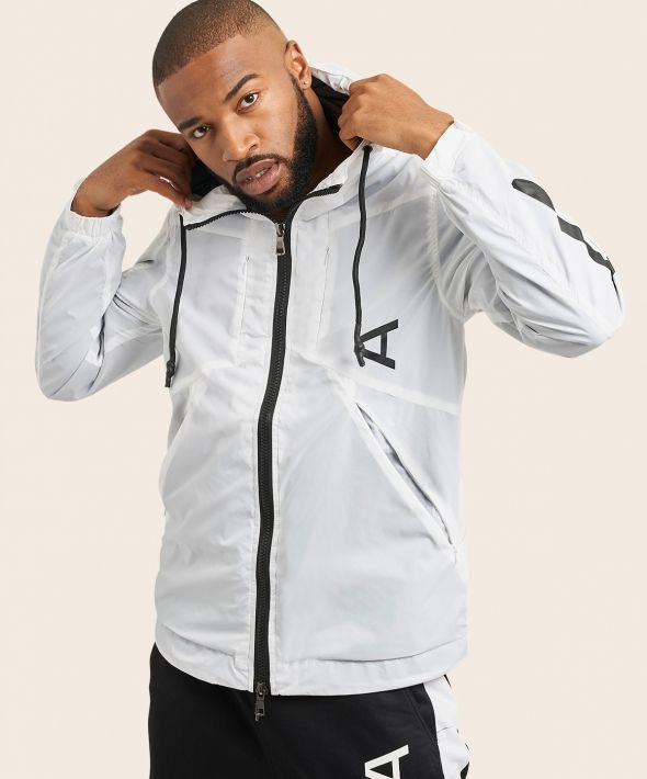 Arcminute Lightweight Windbreaker