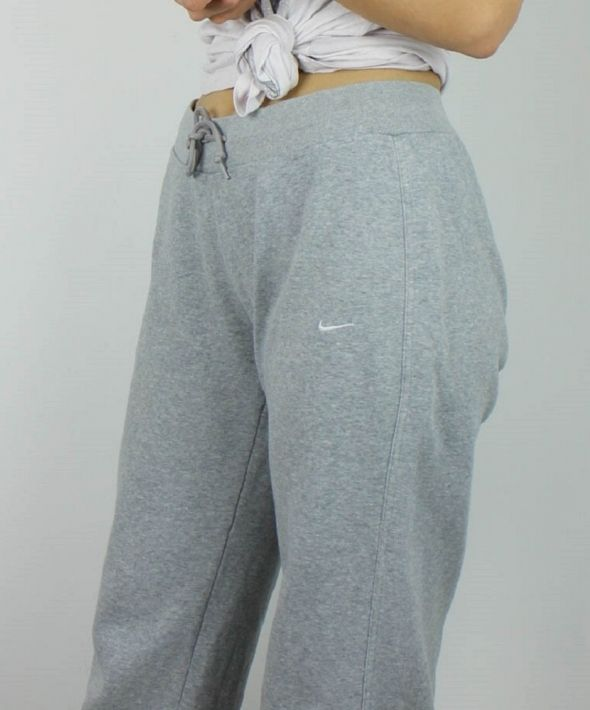 Vintage Nike Joggers Sweatpants with Logo Front