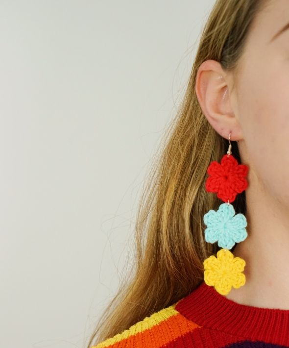 Three tier crocheted flower earrings in 'primary'