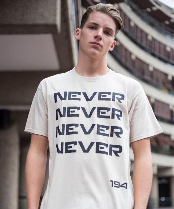 Demos Beige Never Give In cotton t-shirt tee