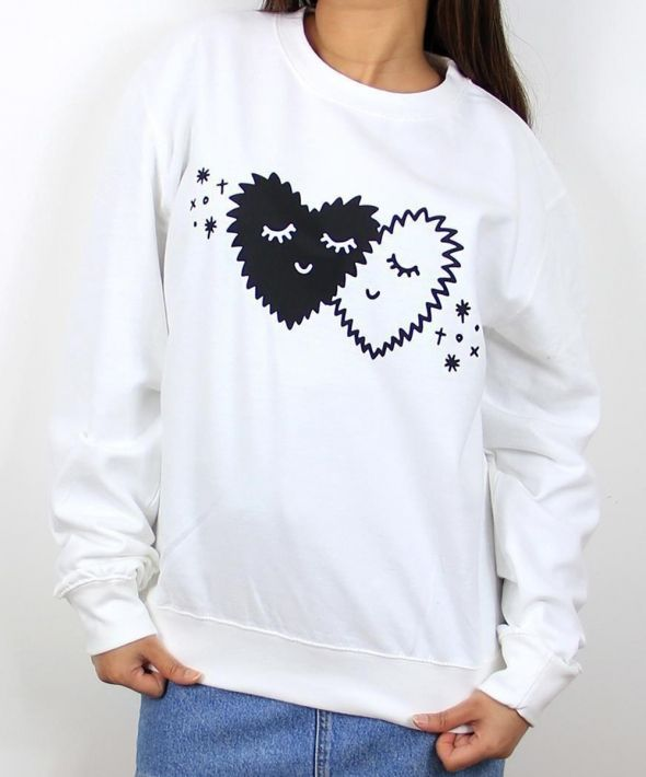 Fuzzy hearts graphic jumper in white